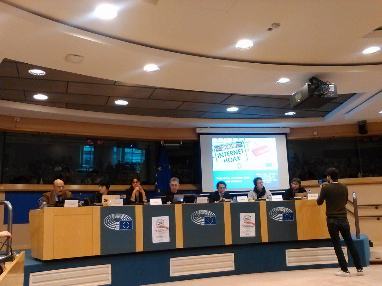 Ημερίδα του Ευρωπαϊκού Κοινοβουλίου για τις Ψευδείς Ειδήσεις με την παρουσία του OK Greece και του ελληνικού παραρτήματος του School of Data