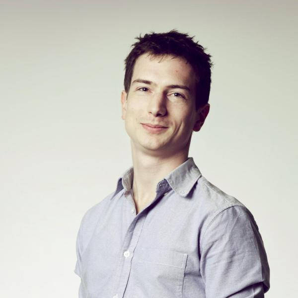 Πώς οι δημοσιογράφοι μπορούν να χειριστούν καλύτερα τα δημόσια οικονομικά δεδομένα και να παράγουν ιστορίες βασισμένες σ' αυτά; Συνέντευξη με τον Nicolas Kayser-Bril